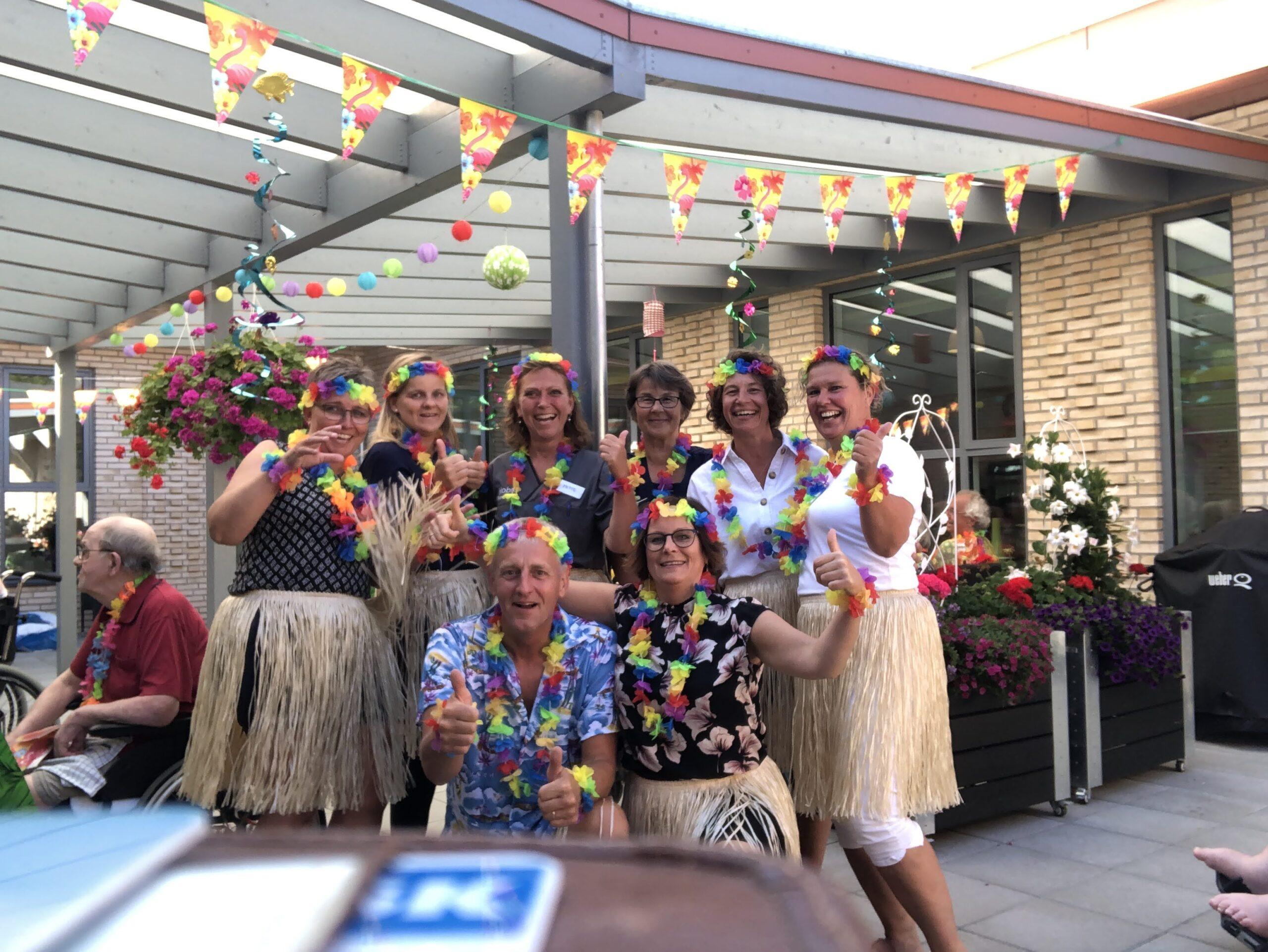 Hawaii fest i gårdhaven